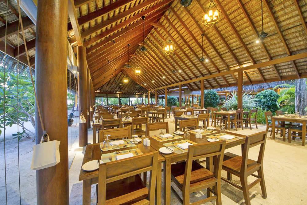 пляжный ресторан самуга