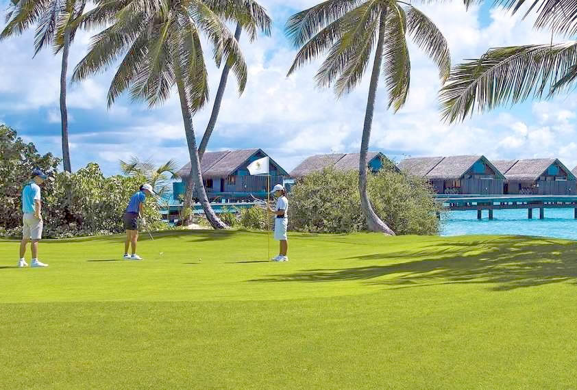 Play Golf at a Luxury Resort