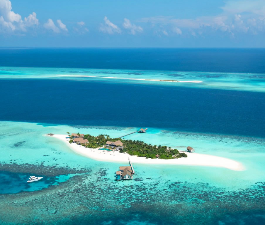 six senses laamu overwater bungalow with pool