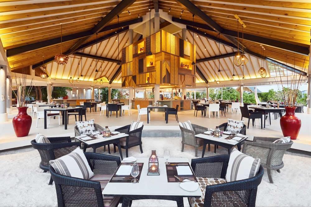 Amaya Food Gallery в Amari Havodda Maldives