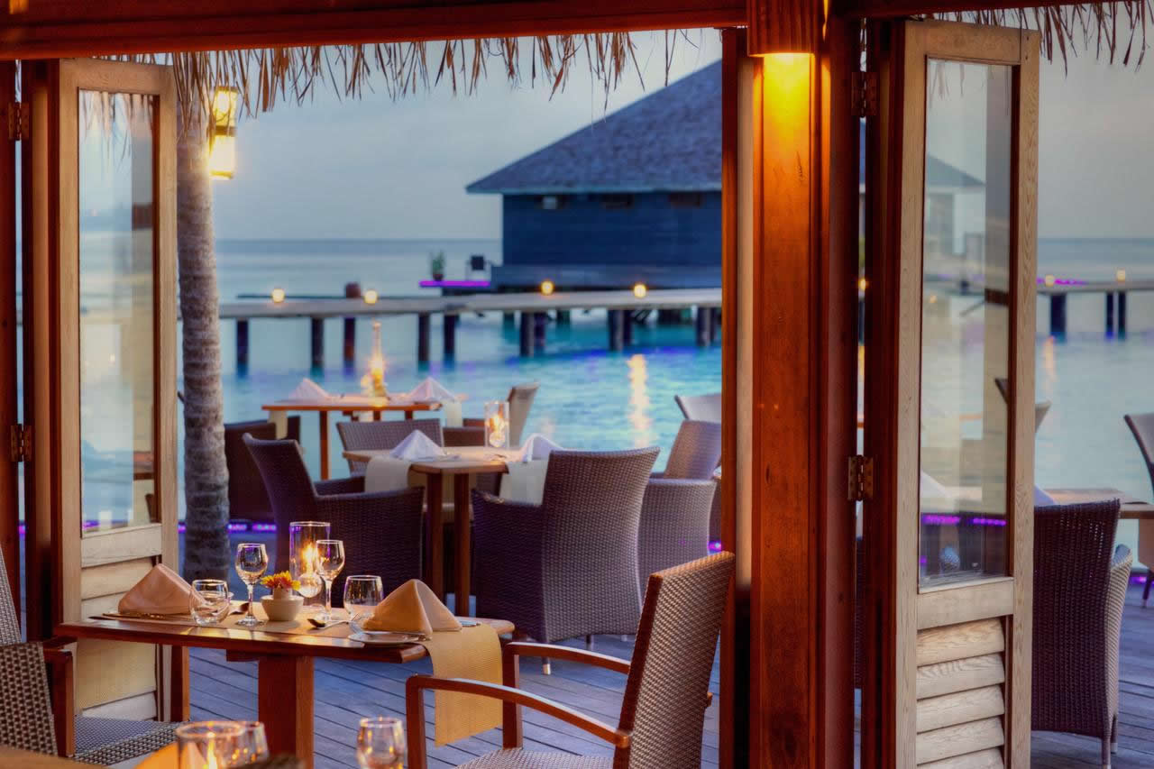 komando maldives holiday