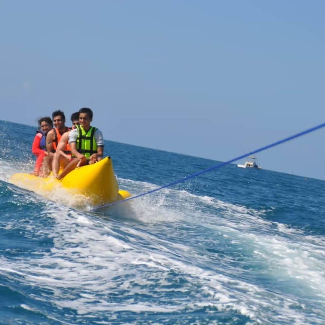 Banana Boat Rides & Fun Tubes