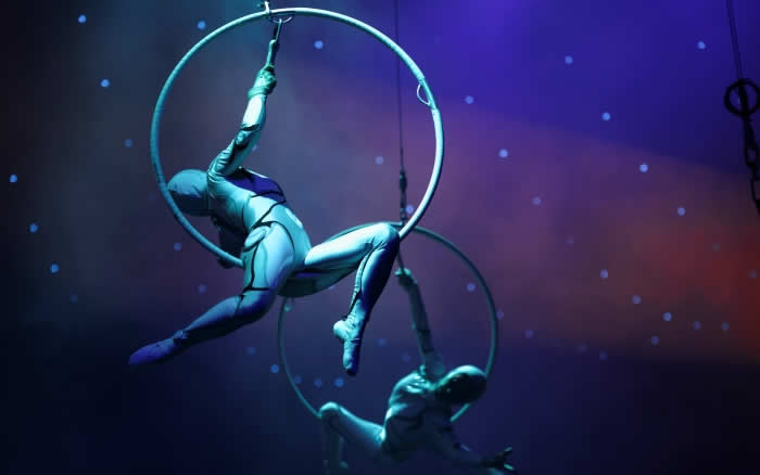 LUX* South Ari Atoll brings Circus to Maldives this Festive Season