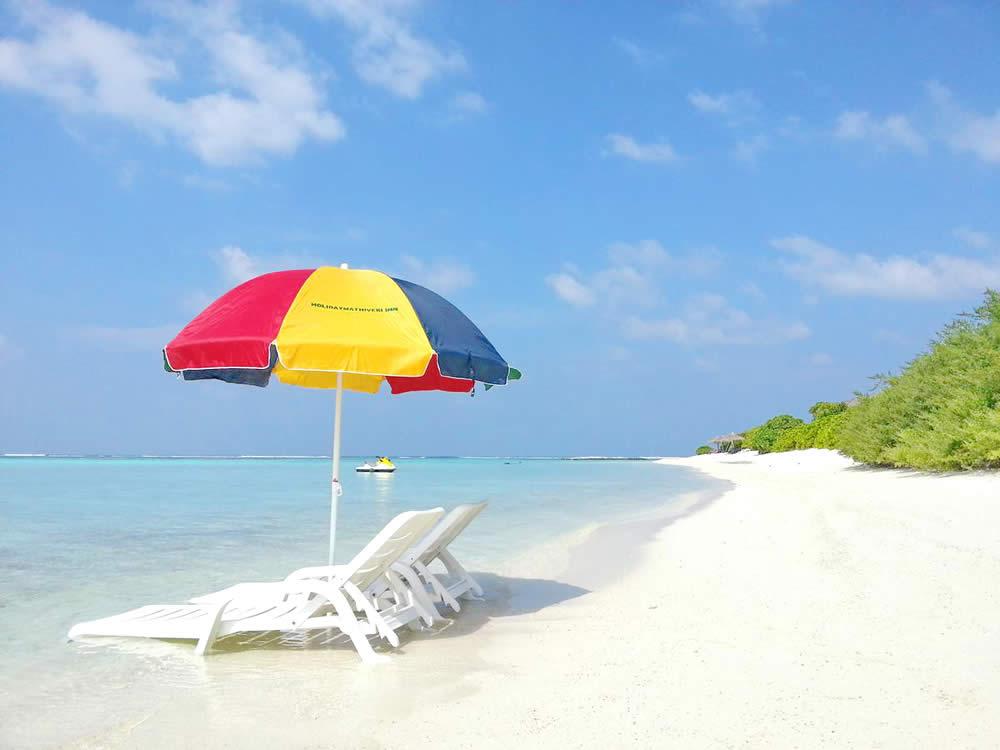 бикини пляж на мативери, мальдивы