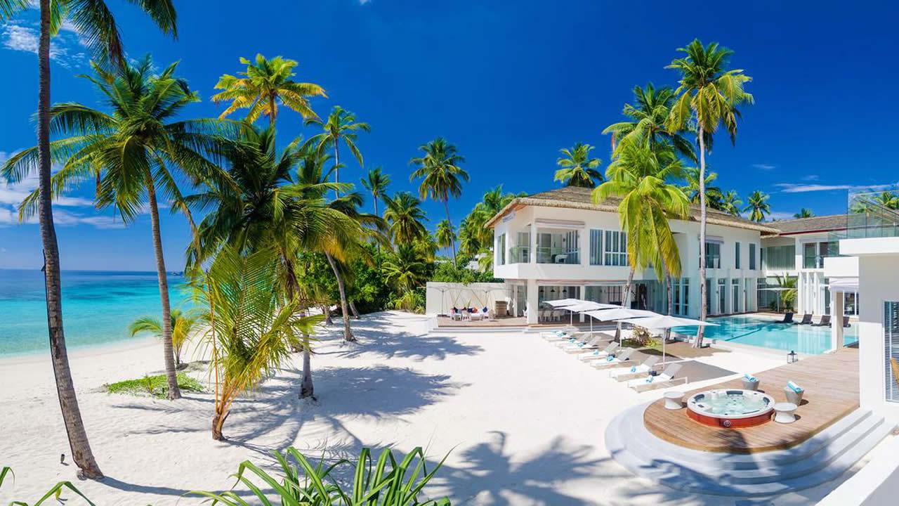 Лучшие Пляжные Резиденции с Бассейном на Мальдивах