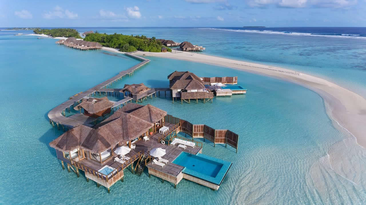 w maldives resort fine dining