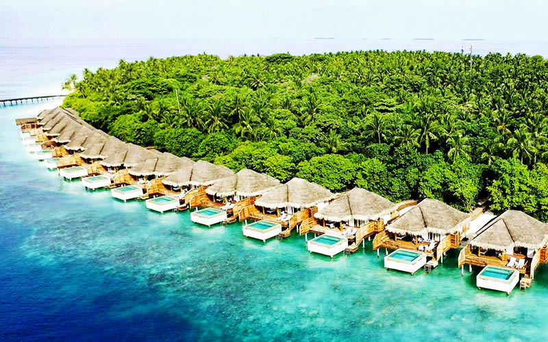 Multi-award-winning Dusit Thani Maldives Adds Five More Prestigious Accolades to its Brand