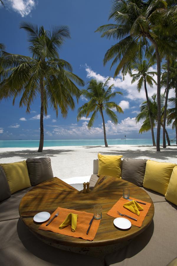 gili lankanfushi, bedroom interior