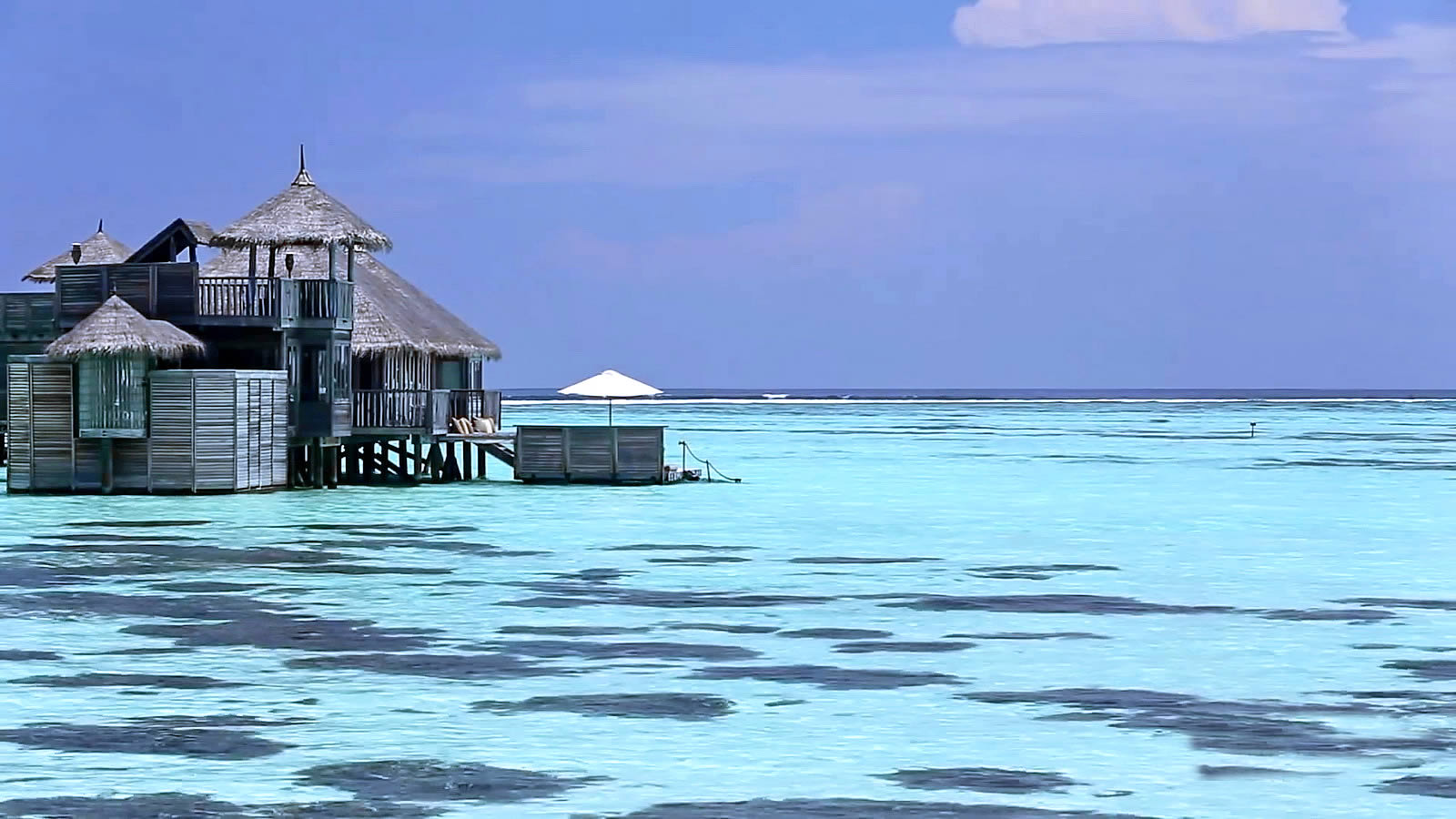Maldives Luxury Guide