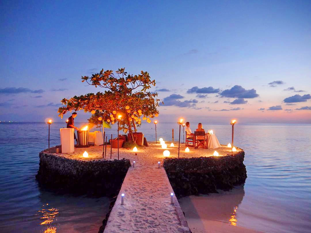 Romantic Surroundings in Indian Ocean