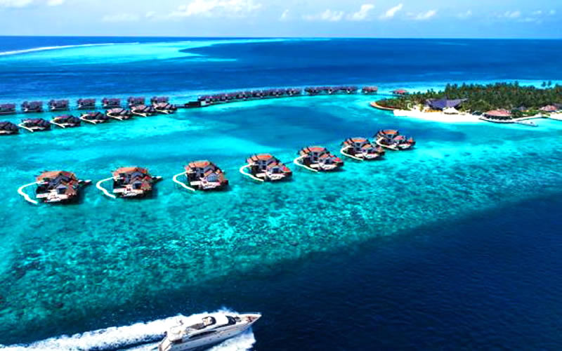 Jumeirah Vittaveli scores hat-trick at South Asian Travel Awards