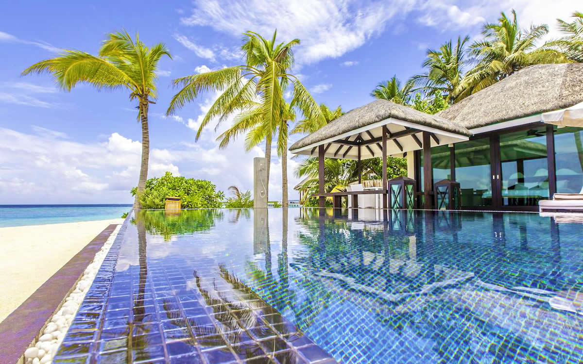 Kihaa Maldives Opens New Beach Suite with Infinity Pool