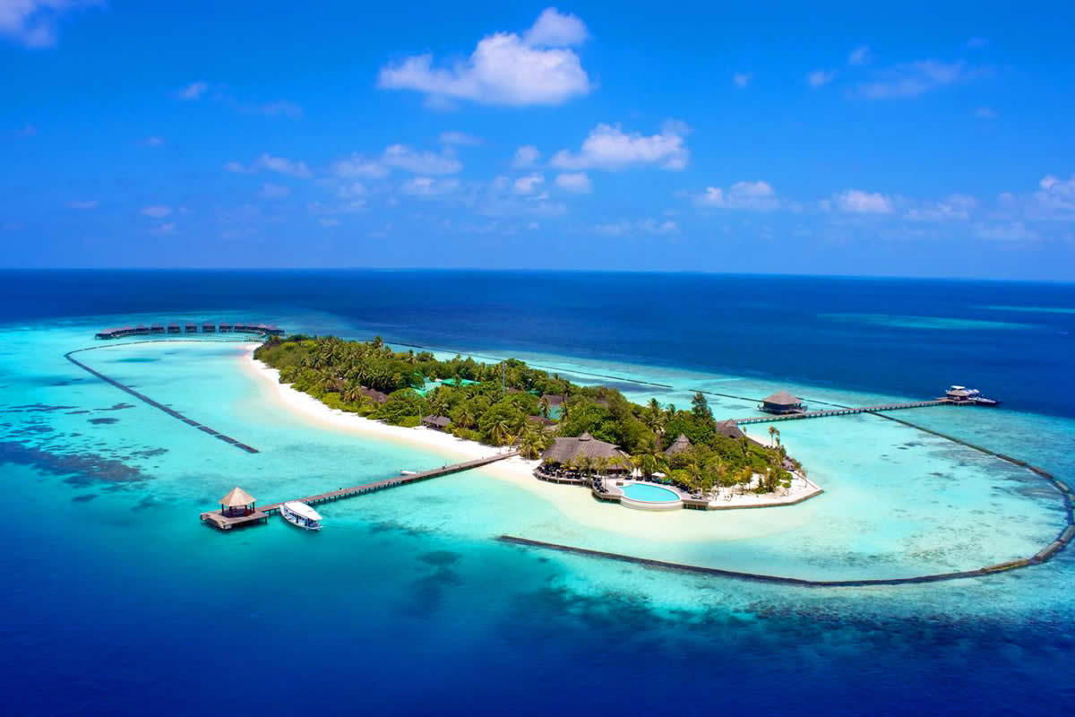 komando maldives holiday