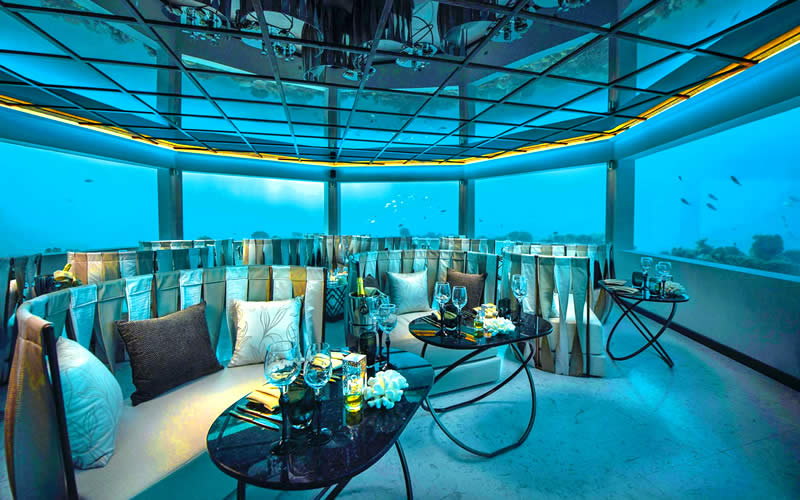 'M6m' at Ozen by Atmosphere – First Underwater Restaurant in an All Inclusive Plan