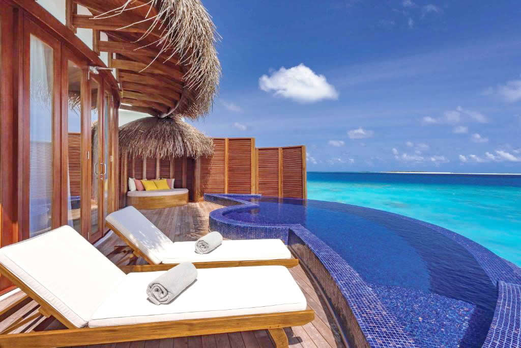 Honeymoon Water Suites  в OBLU SELECT at Sangeli