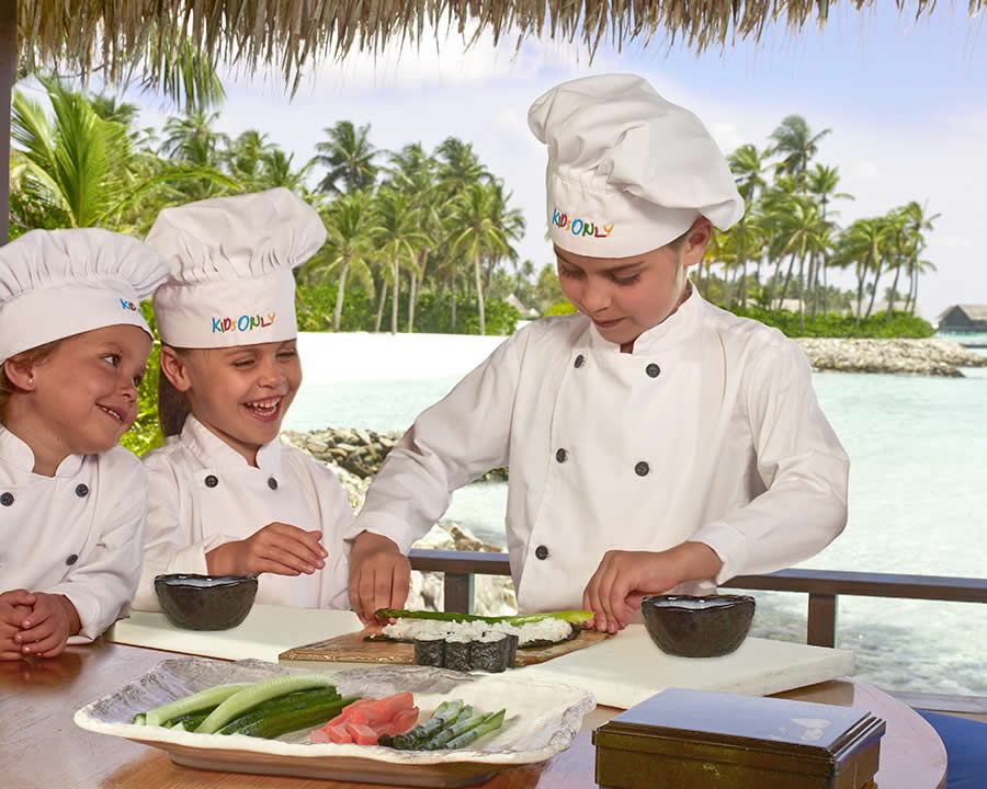 уроки кулинарного исскуства для детей на мальдивах