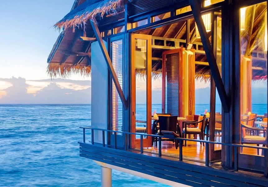 Tepasak - надводный ресторан на мальдивах