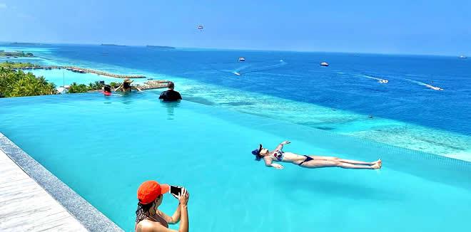 5 Отелей с Бассейном на Крыше на Мальдивах для бюджетной поездки