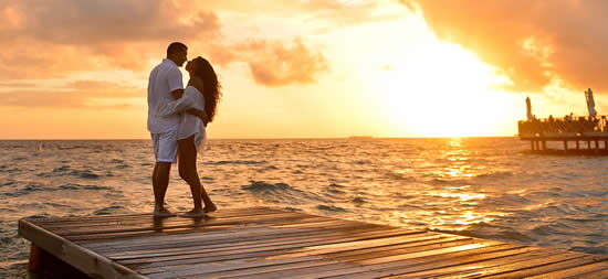 10 Best Honeymoon Hotels in Maldives 2018, Most Romantic Maldives Resorts, Amazing deals on top 10 best romantic hotels and resorts in Maldives. Book with us to make sure you're getting the best accomodation  at the best price, beat honeymoon villas