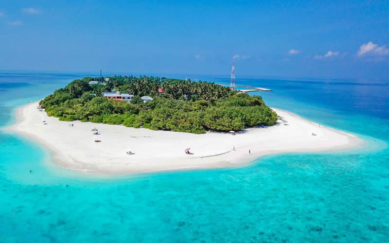 Maldives Asks Luxury Resorts to Cancel Local Island Excursions amidst Coronavirus fears